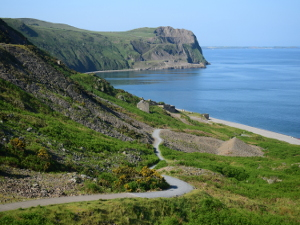 The coastal path taking you to the beach at Nant Gwrtheyrn