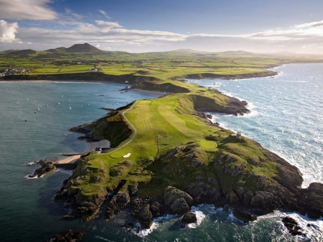 Nefy Golf Course and Coastal Walk to Porth Dinllaen Llyn Peninsula