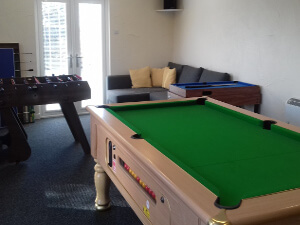 Gors-lwyd games room pool table and table football