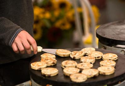 welsh cakes, food festival, pwllheli food festival